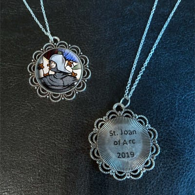 2019 Saint Medallion Necklace 20 pk